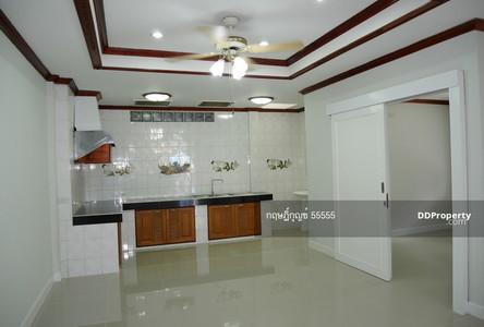 For Sale 4 Beds タウンハウス in Sai Mai, Bangkok, Thailand