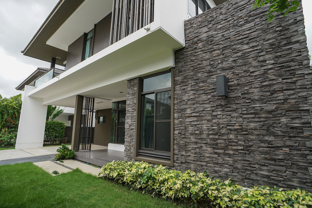 For Sale or Rent 4 Beds House in Sai Mai, Bangkok, Thailand | Ref. TH-KYISPJBV