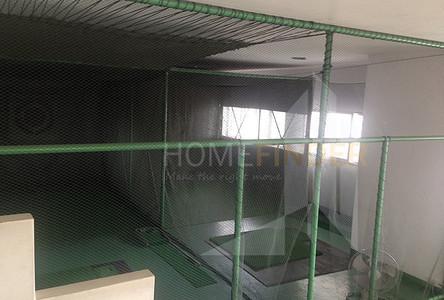 В аренду: Кондо с 3 спальнями возле станции BTS Phrom Phong, Bangkok, Таиланд