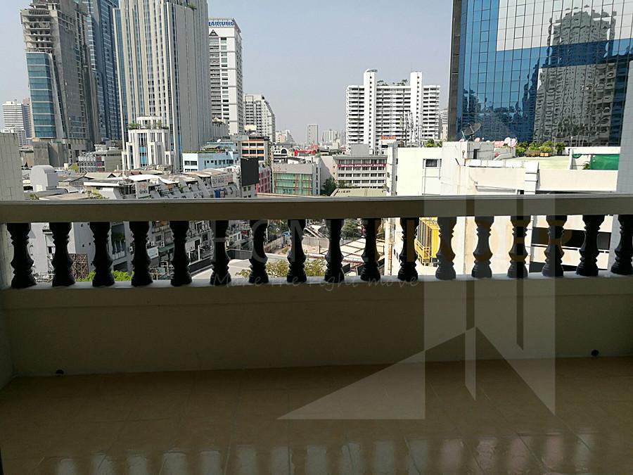 Sriratana Mansion 1 - В аренду: Кондо с 4 спальнями возле станции BTS Asok, Bangkok, Таиланд | Ref. TH-JLRHKTHV