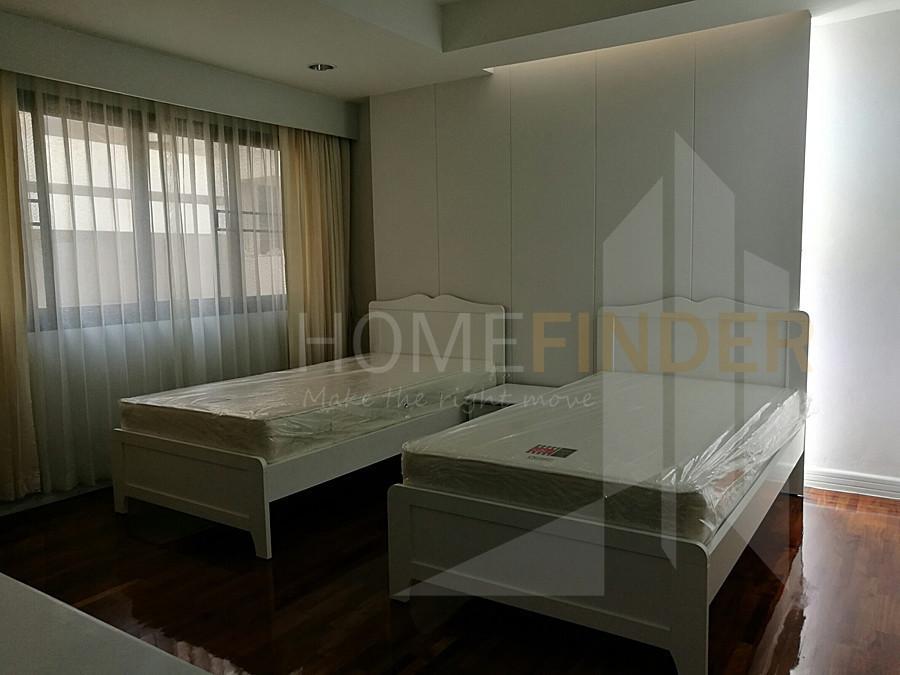 Cosmo Villa - В аренду: Кондо с 3 спальнями возле станции BTS Asok, Bangkok, Таиланд   Ref. TH-DXIHWZZA