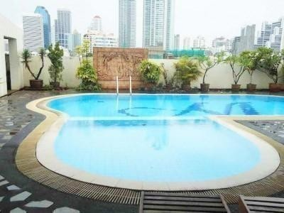 Monterey Place - For Sale 3 Beds Condo in Watthana, Bangkok, Thailand | Ref. TH-JIKBFXTP