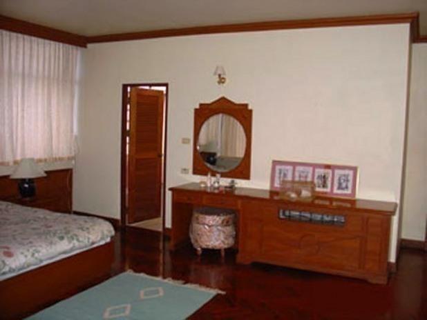 NL Residence - For Rent 3 Beds Condo Near MRT Phetchaburi, Bangkok, Thailand   Ref. TH-AHNAVHHO