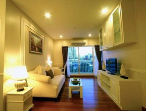 Located in the same area - Ivy Sathorn 10