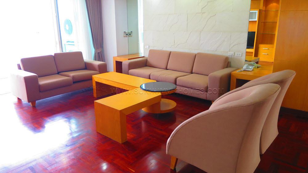 The Grand Sethiwan Sukhumvit 24 - В аренду: Кондо с 3 спальнями в районе Khlong Toei, Bangkok, Таиланд | Ref. TH-RPUYNPZG