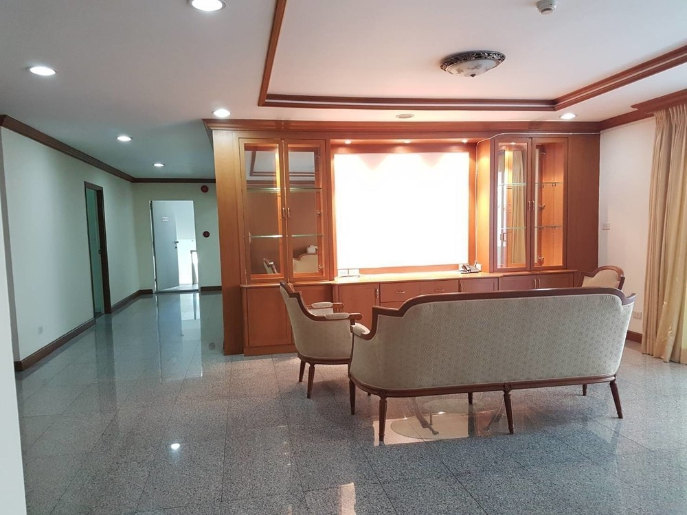 For Rent Apartment Complex 2 Rooms In Watthana, Bangkok, Thailand | Ref. TH
