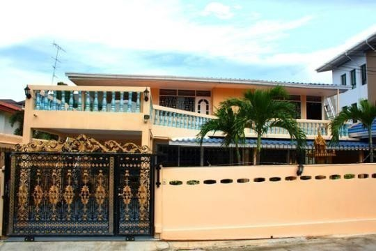 For sale shophouse 400 sqm in ban khai rayong thailand for Bedroom 77 rayong pantip