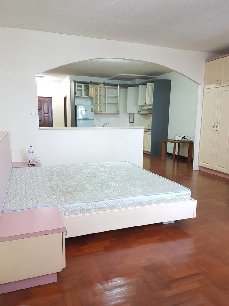 The Winning Tower - For Rent 1 Bed Condo in Watthana, Bangkok, Thailand   Ref. TH-WNPTCLCQ