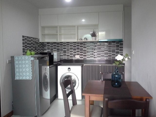 Bangkok Feliz Sukhumvit 69 - For Sale or Rent 1 Bed Condo Near BTS Phra Khanong, Bangkok, Thailand | Ref. TH-SRMPTANQ
