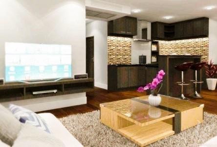 For Sale 3 Beds Condo in Phra Khanong, Bangkok, Thailand