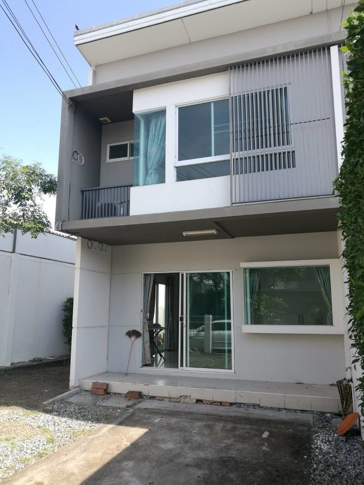 For Sale 2 Beds タウンハウス in Bang Bo, Samut Prakan, Thailand | Ref. TH-LDXNIBKC