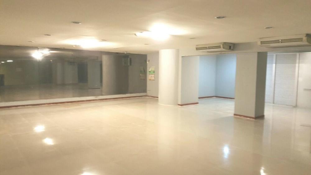 Park Ploenchit - For Rent 3 Beds Condo Near BTS Phloen Chit, Bangkok, Thailand | Ref. TH-HLGEIGCM