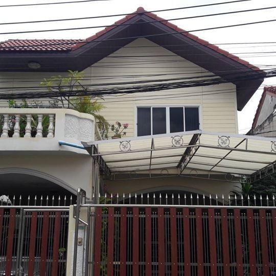 ขาย บ้านเดี่ยว 4 ห้องนอน ทุ่งครุ กรุงเทพฯ   Ref. TH-LONZHKFC