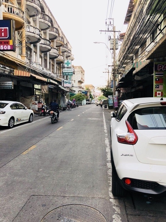 For Rent Shophouse 288 sqm in Mueang Nonthaburi, Nonthaburi, Thailand | Ref. TH-GPXVJZNJ
