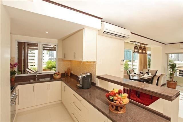 Saranjai Mansion - Продажа или аренда: Кондо с 3 спальнями возле станции BTS Nana, Bangkok, Таиланд | Ref. TH-OLZDFBNT