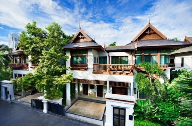 ให้เช่า บ้านเดี่ยว 4 ห้องนอน สาทร กรุงเทพฯ | Ref. TH-KFSNIEQA