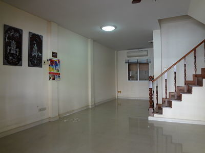For Sale 3 Beds タウンハウス in Lam Luk Ka, Pathum Thani, Thailand | Ref. TH-TCPWMFOY