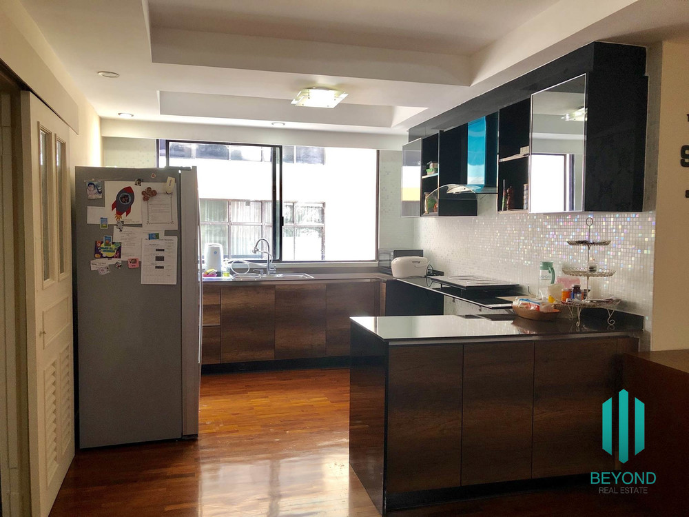 President Park Sukhumvit 24 - For Sale 3 Beds Condo in Khlong Toei, Bangkok, Thailand | Ref. TH-LNIIMTDZ