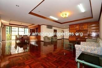 Located in the same building - Sriratana Mansion 2