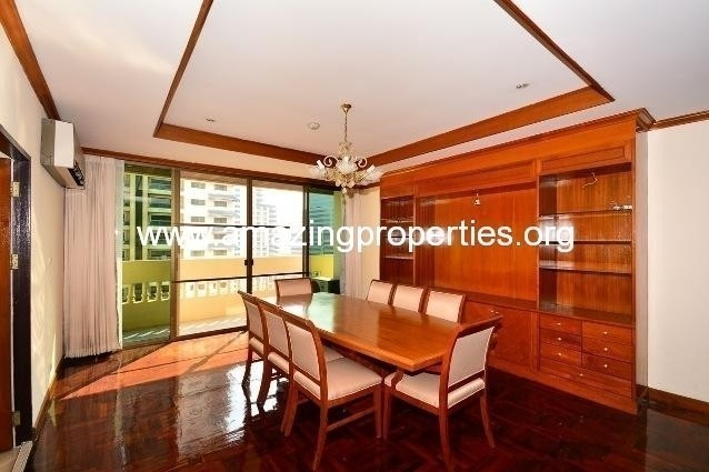 Sriratana Mansion 2 - For Rent 3 Beds Condo Near MRT Sukhumvit, Bangkok, Thailand | Ref. TH-HDKITCFR