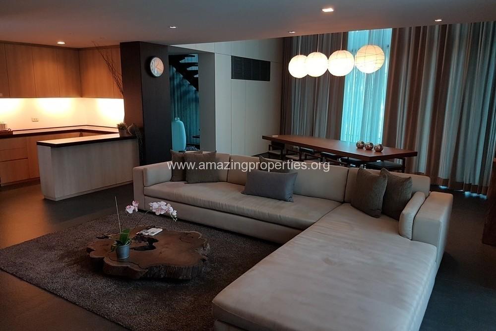 ทาเกะ เรสซิเดนซ์ - ให้เช่า คอนโด 2 ห้องนอน ติด BTS เอกมัย | Ref. TH-YTMXDVRG