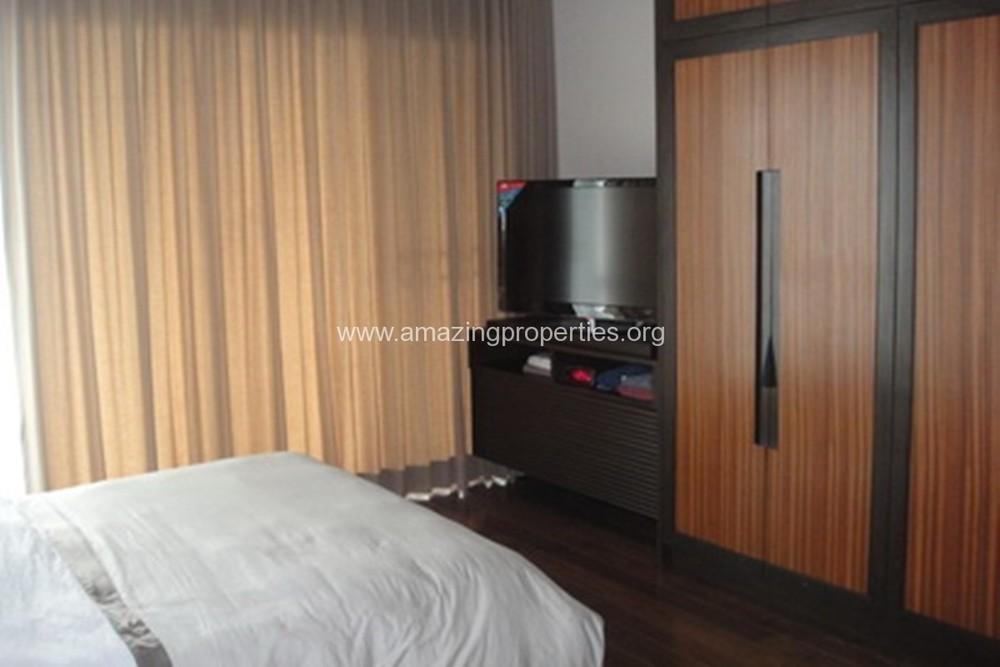 В аренду: Дом с 4 спальнями в районе Khlong Toei, Bangkok, Таиланд   Ref. TH-EHBWZENE