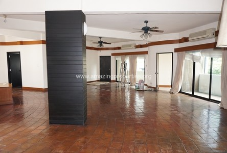 For Rent 4 Beds Condo Near BTS Chit Lom, Bangkok, Thailand