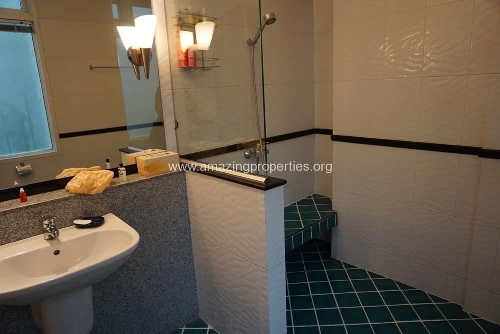 เดอะเวอร์รันด้า - ให้เช่า คอนโด 4 ห้องนอน ติด MRT สุขุมวิท | Ref. TH-XUHPICEH
