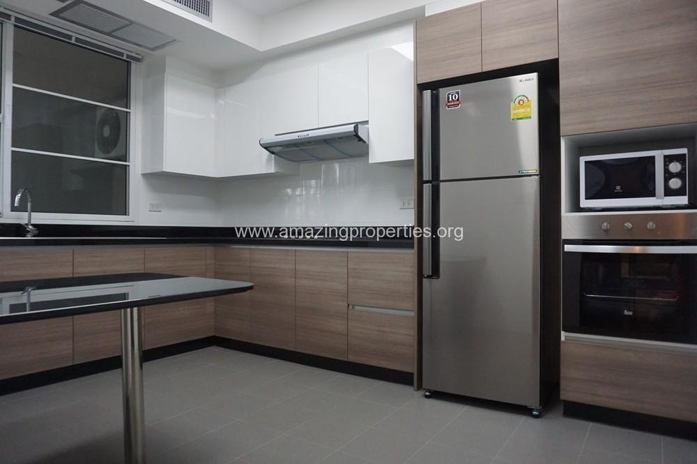 Villa Insaf - For Rent 3 Beds Condo Near BTS Nana, Bangkok, Thailand | Ref. TH-TWKASRKX