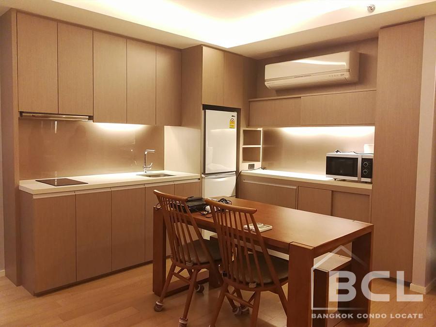 MODE Sukhumvit 61 - В аренду: Кондо c 1 спальней возле станции BTS Ekkamai, Bangkok, Таиланд | Ref. TH-ONOTAYYK