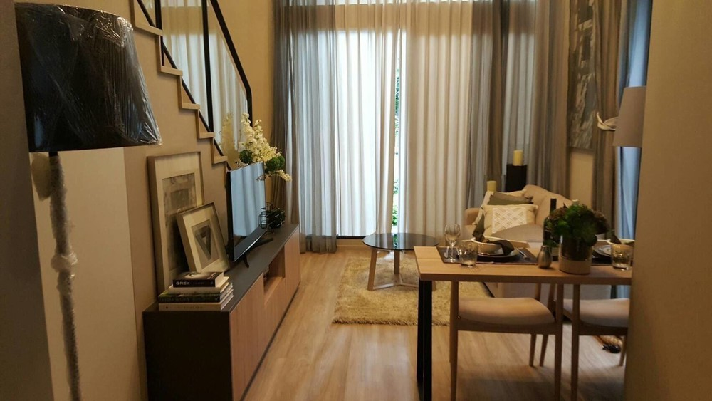 Blossom Condo @ Sathorn - Charoenrat - For Sale or Rent 1 Bed Condo in Sathon, Bangkok, Thailand | Ref. TH-JVDTJWPS