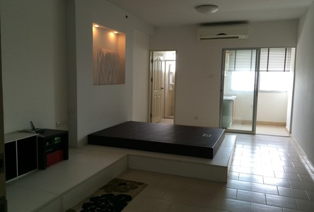 For Sale Condo 32 sqm in Bang Phlat, Bangkok, Thailand