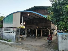 Located in the same area - Phan, Chiang Rai