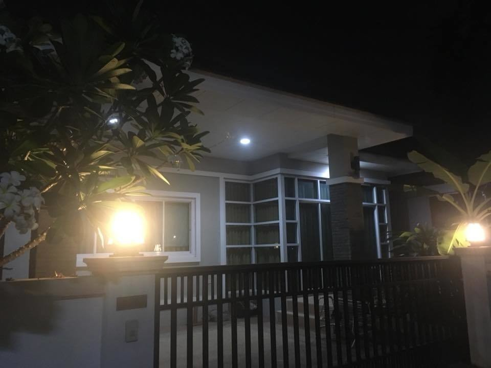 For Rent 3 Beds 一戸建て in Mueang Nakhon Ratchasima, Nakhon Ratchasima, Thailand | Ref. TH-DEIQISQN