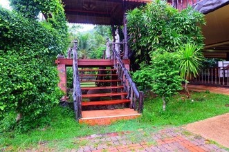 Located in the same area - Singhanakhon, Songkhla