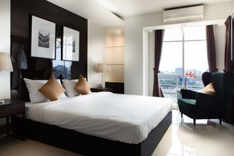Located in the same area - The Waterford Sukhumvit 50