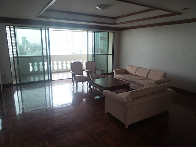 Charan Tower - For Rent 3 Beds コンド Near BTS Phrom Phong, Bangkok, Thailand | Ref. TH-QPJWDQQI