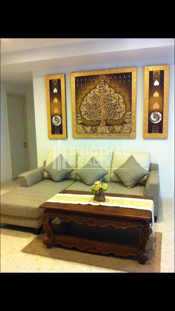 Nusasiri Grand - В аренду: Кондо с 3 спальнями возле станции BTS Ekkamai, Bangkok, Таиланд | Ref. TH-HUQAPOYV
