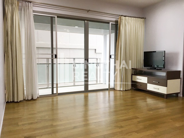 The Madison - Продажа: Кондо с 3 спальнями возле станции BTS Phrom Phong, Bangkok, Таиланд | Ref. TH-QZJWKPHT