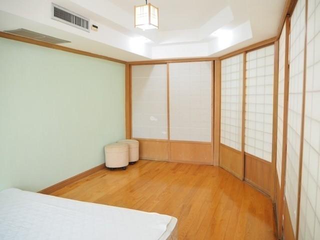Royal Castle - For Rent 4 Beds コンド Near BTS Phrom Phong, Bangkok, Thailand   Ref. TH-ECJPYSIP