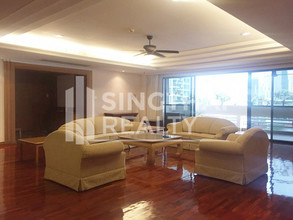 Located in the same building - Jaspal Residence 2
