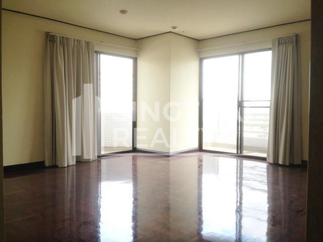 Richmond Palace - В аренду: Кондо с 4 спальнями в районе Watthana, Bangkok, Таиланд | Ref. TH-HQJKTRUO