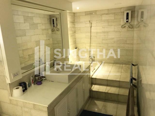 Baan Prida - For Rent 3 Beds Condo Near BTS Nana, Bangkok, Thailand   Ref. TH-KVZGCZRL