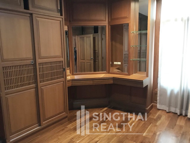 ให้เช่า บ้านเดี่ยว 4 ห้องนอน สาทร กรุงเทพฯ | Ref. TH-BUJZNCZP