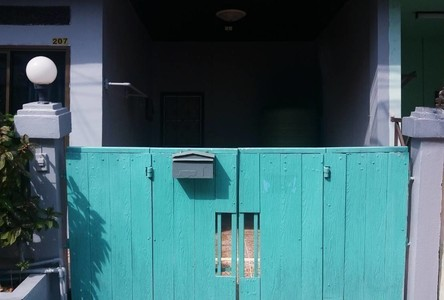 For Sale or Rent 3 Beds Townhouse in Thanyaburi, Pathum Thani, Thailand