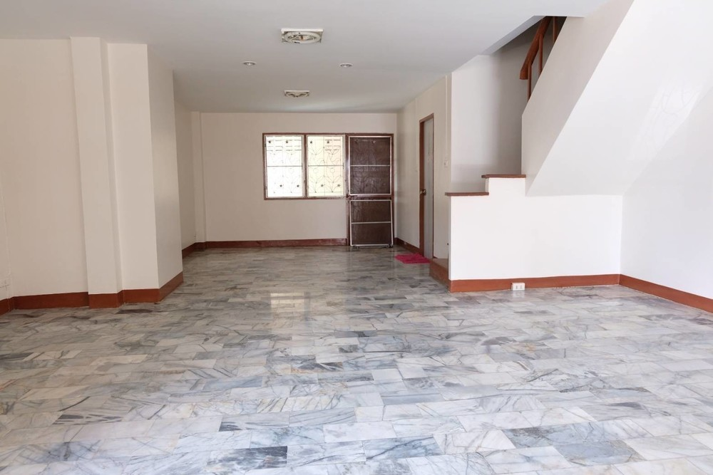 For Sale or Rent 3 Beds Townhouse in Sai Mai, Bangkok, Thailand | Ref. TH-EDZPGPQW