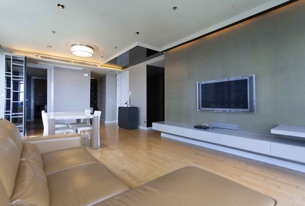 В аренду: Кондо с 2 спальнями возле станции BTS Phloen Chit, Bangkok, Таиланд
