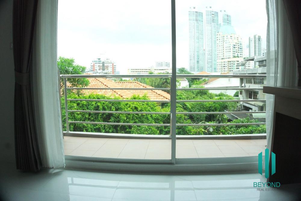 Serene Place Sukhumvit 24 For Sale 2 Beds Condo Near Bts