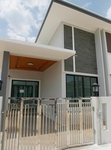 Located in the same area - Hat Yai, Songkhla