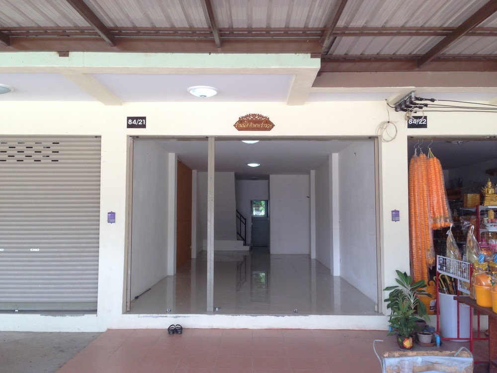 For Rent 2 Beds Shophouse in Mueang Phitsanulok, Phitsanulok, Thailand | Ref. TH-YTRYYHNR
